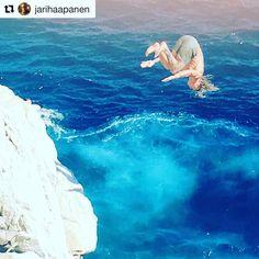 Viihdytämme itseämme katsomalla kun hullut hyppii hurjia hyppyjä kallioilta mereen #Repost @jarihaapanen (@get_repost)  Jänistin #hyppy #dubrovnik #oldtowndubrovnik #oldtown
