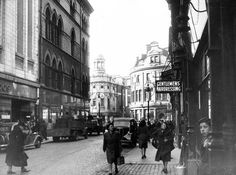 Looking towards Arthur Square, centre of Belfast - Mooney's on right at end of street . Old Pictures, Old Photos, Belfast City Centre, Old Photographs, Lily Of The Valley, Northern Ireland, Past, Street View, Places