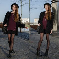 Lisa Fiege - Noisy May Knit Sweater, H&M Fake Fur Jacket, H&M Skirt, Buffalo Boots Combat, H&M Tights, H&M Bag - It should be easy