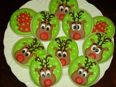 Rudolph by Sweet William's Cookies Christmas Reindeer Cookies, Christmas Food Treats, Christmas Cookie Exchange, Christmas Candy, Winter Christmas, Christmas Decorations, Candy Cookies, Holiday Cookies, Frosted Cookies