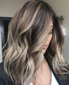 Golden Blonde Balayage for Straight Hair - Honey Blonde Hair Inspiration - The Trending Hairstyle Ombre Hair Color, Hair Color Balayage, Hair Highlights, Blonde Color, Dark To Blonde, Dark Hair, Guy Tang Balayage, Brown Hair, Haircolor