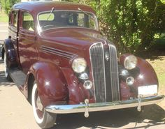 #Plymouth Sedán 1936. http://www.arcar.org/plymouth-sedan-1936-82564