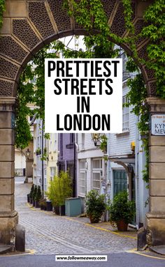 10 Prettiest Streets In London + Map To Find Them – Best Travel Destinations Pubs In London, London Map, London Tours, London Places, Notting Hill London, London Food, Streets Of London, Walks In London, Mayfair London