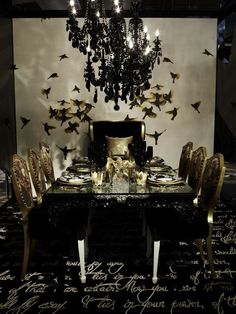 ::Surroundings::: DIFFA -Dining by Design 2012 Pretty tables, great cause