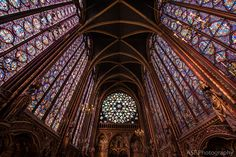 Both of us have run across the Sainte Chapelle in our studies, so we thought we knew what to expect, but we were momentarily stunned.