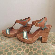 Lightweight platform sandals. Great everyday platform sandals. Never worn. Great condition. Shoes Wedges