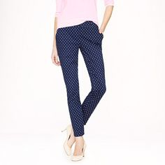 Style Note: You would look super cute in a pair like these! Pair one of your classic tees or button down tops and flat with these pants for an easy yet stylish go-to look. (Café capri in dot)