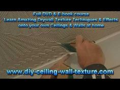 Creating attractive textured ceiling borders using comb tools