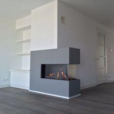 Dining Room Fireplace, Home Fireplace, Modern Fireplace, Fireplace Design, Tv Unit Design, Residential Interior Design, Basement Remodeling, Interior Design Living Room, New Homes