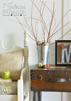 DIY Rustic Wooden Trunk Table With Bench | The Interior Frugalista