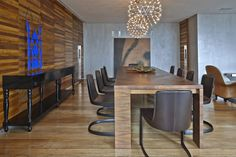 modern-wood-themed-interior-design-with-awesome-wooden-wall-also-wooden-floor-then-beautiful-chandelier-above-wooden-dining-table-also-dark-brown-chairs-for-modern-house..jpg (1200×800)