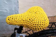 Funda de crochet de trapillo para sillín de por Crocheclette
