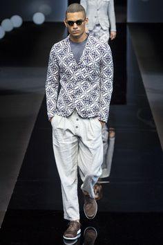 Giorgio Armani Spring 2017 Menswear Fashion Show. This sport coat/blazer tile pattern is everything...mine?