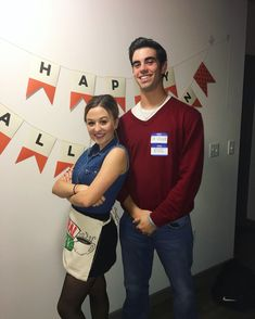 Hallowen Costume Couples Ross & Rachel from Friends Halloween Costume Cute Couple Halloween Costumes, Diy Couples Costumes, Cute Halloween Costumes, Halloween Kostüm, Diy Costumes, Halloween Couples, College Couple Costumes, Couple Costume Ideas, Group Costumes