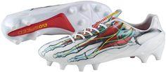 Puma Evospeed 1.3 X-Ray sepatu bola dengan desain anatomi kaki