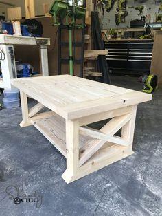ideas for farmhouse outdoor furniture easy diy Diy Furniture Plans, Woodworking Furniture, Furniture Projects, Home Projects, Woodworking Plans, Furniture Nyc, Woodworking Projects, Woodworking Videos, Cheap Furniture