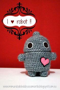 Mi mundo de baldosas amarillas: Un robot con corazón :) Perfecto para San Valentín! (bote/amigurumi con patrón)