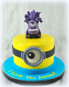 purple minion cake | Flickr - Photo Sharing!Minion Cake birthday party kids adult unisex cupcake popcake boys and girl
