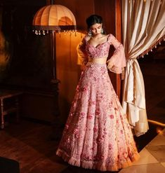 Indian Bridal Outfits, Indian Fashion Dresses, Dress Indian Style, Bridal Dresses, Bridal Gown, Indian Wear, Full Sleeves Blouse Designs, Bridal Blouse Designs, Saree Blouse Designs