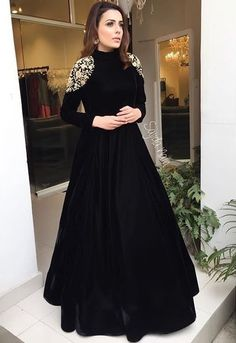 <img> Black tapeta silk embroidered partywear gown Source by - Indian Gowns Dresses, Indian Fashion Dresses, Indian Designer Outfits, Pakistani Dresses, Designer Dresses, Sabyasachi Gown, Anarkali Dress, Gown Dress, Moda India