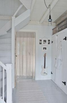 White wall and white floors