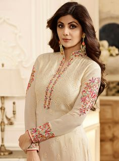 Shilpa Shetty Off White Georgette Kameez With Churidar 101138 - TheTellMeWhy Kurti Embroidery Design, Embroidery Fashion, Embroidery Dress, Indian Embroidery, Stylish Dress Designs, Stylish Dresses, Fashion Dresses, Neckline Designs, Dress Neck Designs