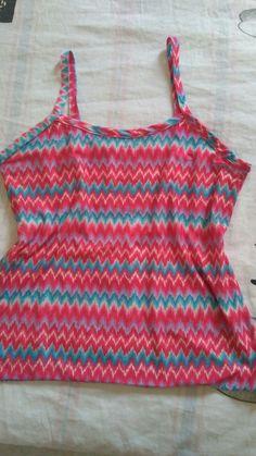 Primeira blusinha que costurei