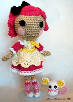 Here�s a dolly with a pet mouse and a fancy dress! The dress fits Lalaloopsy sized dolls too. Instructions for basic doll, dress, and pet included..