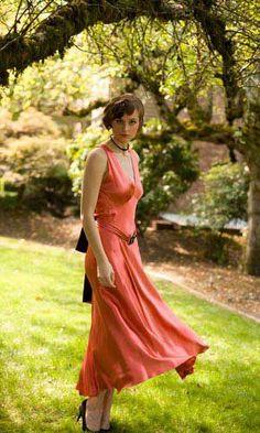 Vintage Swing Gown, Circa 1920's.    DESIGN: Unknown.   MEDIUM: Silk.