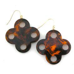 Tortoise shell bakelite earrings. Too cute!