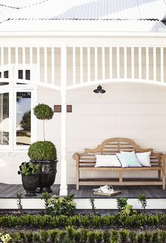 Dulux Antique White USA on the walls, which looks lovely as it is in shadow and you can really see the creamy underlying colour. The trim in Dulux Vivid White House Design, Interior And Exterior, House, House Front, House Exterior, Front Verandah, Exterior Design, Weatherboard House, House Colors