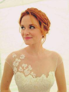 April Kepner's Wedding Hair Grey's Anatomy-Rustic Wedding- Prime Time TV Weddings - KnotsVilla
