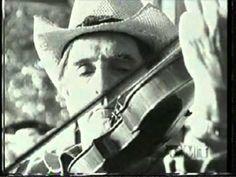 Emmylou Harris, Dolly Parton & Linda Ronstadt Those memories of you video Muziek & Entertainment Country Music Videos, Country Singers, Dolly Parton Music, Dean Stanton, Alien Sightings, Super Video, Cmt Music, Emmylou Harris, Linda Ronstadt