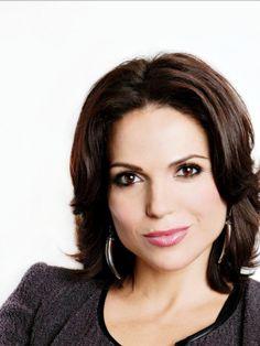 Lana Parrilla - Evil Queen- Regina @ #onceuponatime