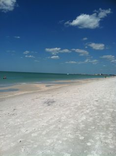 Tampa, Florida <3...we had a rain shower all of 10 mins and the sun come back out!!