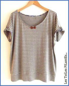 Tee-shirt Loose petit noeud en cuir par Les Toiles Filantes