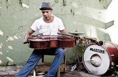 No dia 27 de novembro, o músico cubano Yaniel Matos se apresenta na Casa do Núcleo, a partir das 21h. O espetáculo tem entrada a R$ 20.