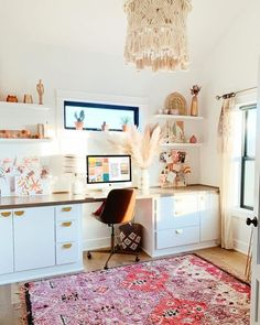 Feb 2020 - Bohemian decor has been making its way into all kinds of living spaces, and a boho office is no exception. Home Office Design, Home Office Decor, Office Ideas, Office Inspo, Creative Office Decor, Office Rug, Office Designs, Bohemian Office, Bohemian Decor