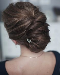 romantic wedding hairstyles | fabmood.com #bridalhair #weddinghairstyle #weddinghairstyles #updobraids