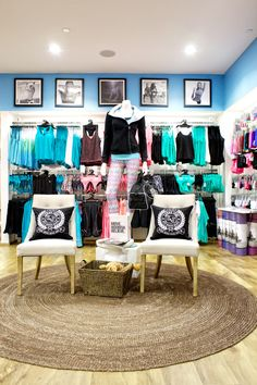 Lorna Jane store by SI Retail at Topanga Mall USA #retail #stores #lLORNAJANE #shopfitting Call us on 1800 211 122 and ask about custom designs https://www.sishop.com.au/si-direct.php?utm_source=pinterest_medium=photo_campaign=pinterest+si+direct