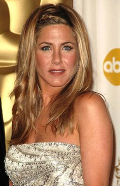 Hair Icon Jennifer Aniston Talks About Her Struggles with the F-Word (a.k.a. Frizz)