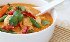 THAISUPPE MED KYLLING OG RED CURRY – TRINES MATBLOGG