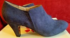 New in box Naturalizer Lunic Navy booties heels size 10 #Naturalizer #Booties #WeartoWorkCheck out New in box Naturalizer Lunic Navy booties heels size 10 #Naturalizer #Booties http://www.ebay.com/itm/-/302613554121?roken=cUgayN&soutkn=Fi54M5 via @eBay