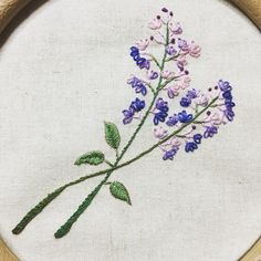 #프랑스자수#야생화자수 Herb Embroidery, Hand Embroidery Projects, Silk Ribbon Embroidery, Hand Embroidery Patterns, Embroidery Techniques, Embroidery Thread, Cross Stitch Embroidery, Embroidery Designs, Brazilian Embroidery