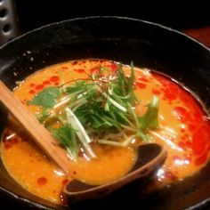 <神泉 うさぎ>うさぎはどれもおいしいけど、一番好きなのは坦々麺。ゴマの風味と辛さが絶妙。