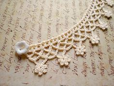 Items similar to Crocheted Flower Necklace Collier / White Cotton Cream / Romantic White Flower Button / Victorian Inspired Choker / Valentine& Day Gift for Her on Etsy - Crochet Flower Necklace Choker / Cream by MaybeTheWhiteDog More - # Col Crochet, Crochet Diy, Crochet Amigurumi, Crochet Collar, Crochet Borders, Crochet Crafts, Crochet Stitches, Crochet Projects, Crochet Designs