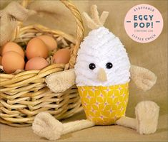 Eggy Pop Stuffable Little Chick Free Pattern Download, Patterned Sheets, Diy Easter Decorations, Baby Chicks, Easter Crafts, Easter Ideas, Sewing Projects, Sewing Tutorials, Diy Projects