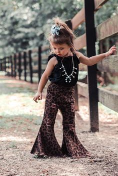 Western Baby Clothes, Western Babies, Cute Baby Clothes, Country Babies, Cute Little Girls Outfits, Cute Little Baby, Kids Outfits, Baby Outfits, Oakley