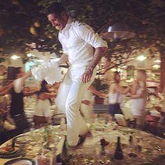 #StefanoDeMartino Stefano De Martino: •Oje vita, Oje vita mia!• #capri #bynight #dancing #ontop