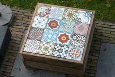 Foto: Leuk bijzettafeltje voor in de tuin. Geplaatst door Manon-Clement op Welke.nl